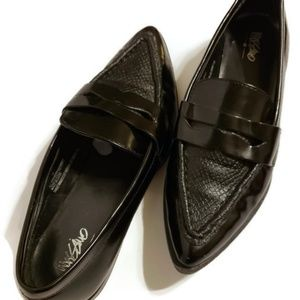 Shoes - Missoni Black Pointy Patent Leather Loafers Flats